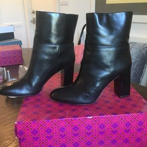 Tory Burch black leather bootie size 10